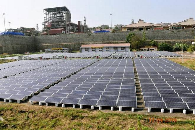 India adds 10 GW solar energy capacity in FY 2017–2018, total 22 GW