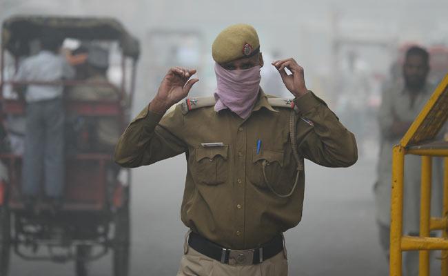 Delhi has a huge air pollution problem: Bollywood actor Claudia Ciesla