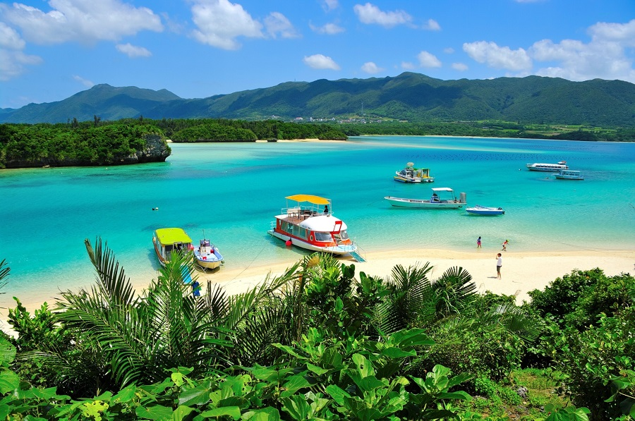 Best Beach of Japan for Tourists: Ishigaki Island, The Hidden Holm