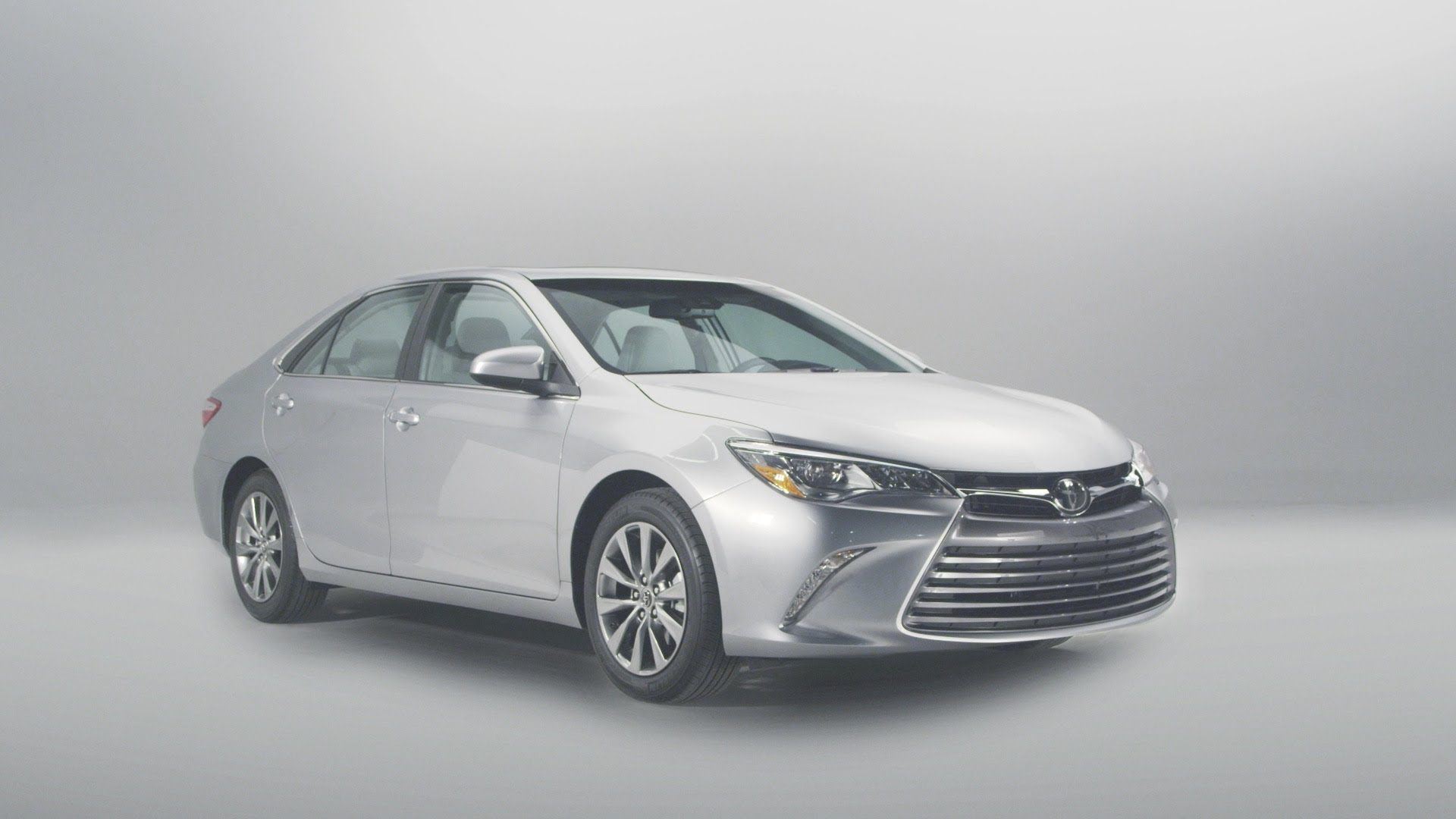 Toyota Camry Hybrid green car